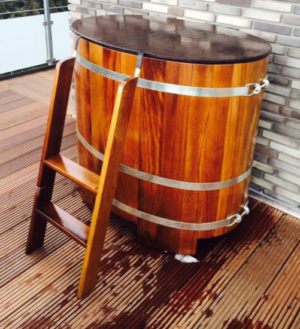 Tauchbottich-Sauna Kambala für Außenbereich